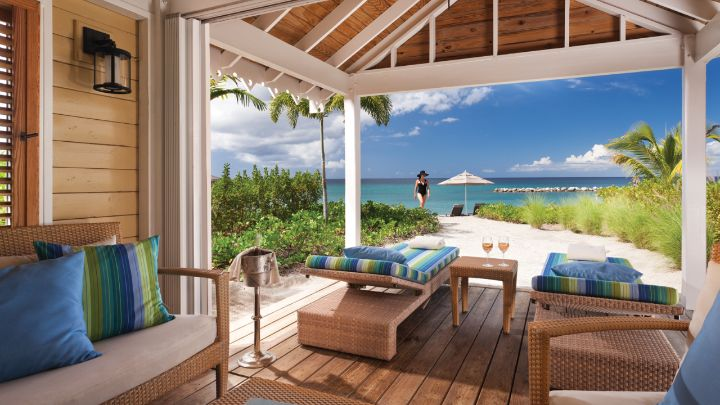 Luxury caribbean beach house rentals four seasons resort for Small luxury beach hotels