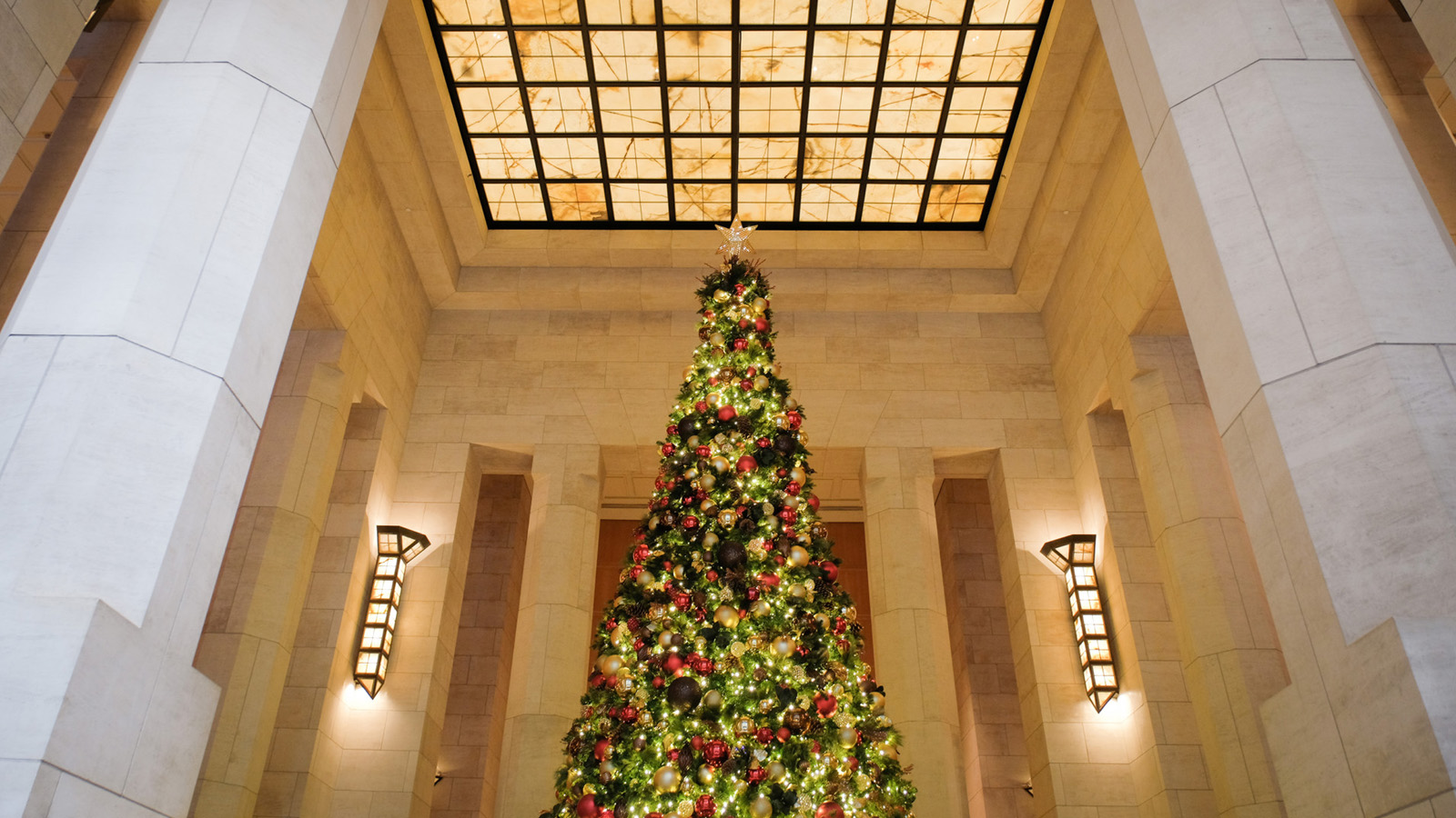 Celebrate The Holidays At Four Seasons Hotel New York