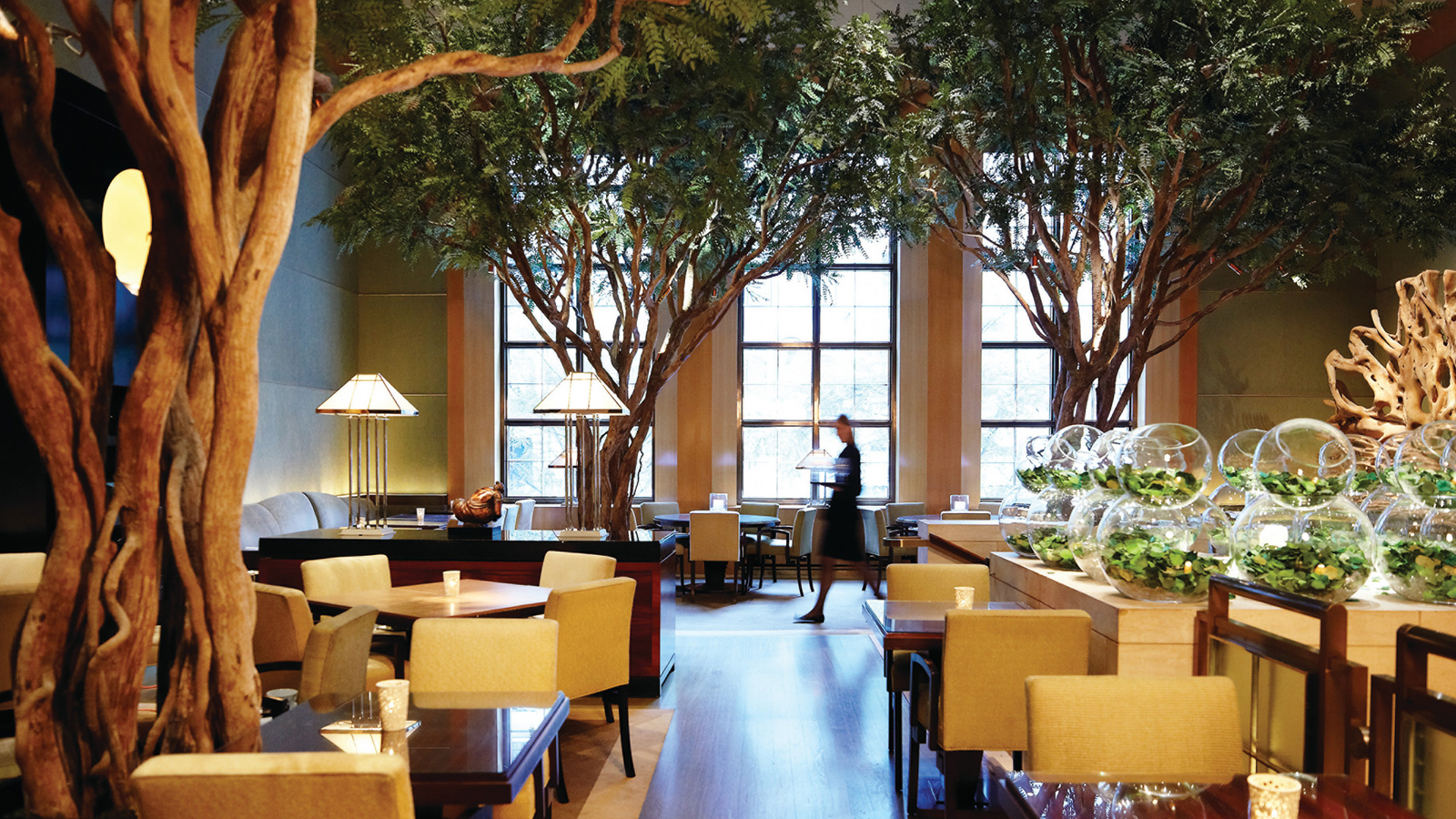 Nyc event space midtown meeting venue four seasons hotel for Four restaurant