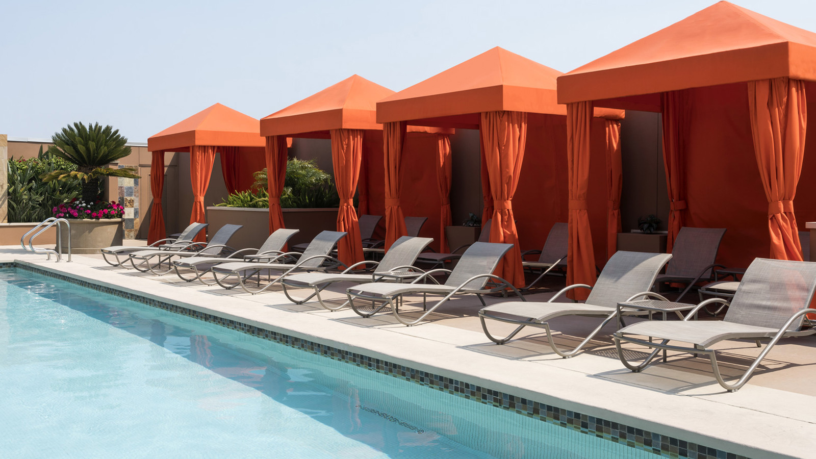 Palo Alto Hotel with Rooftop Pool | Four Seasons Hotel Silicon Valley