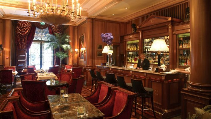 bar & lounge champs-Élysées | le bar at four seasons hotel