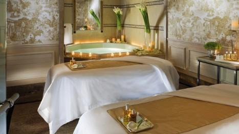 أفضل فندق في العالم موجود في باريس