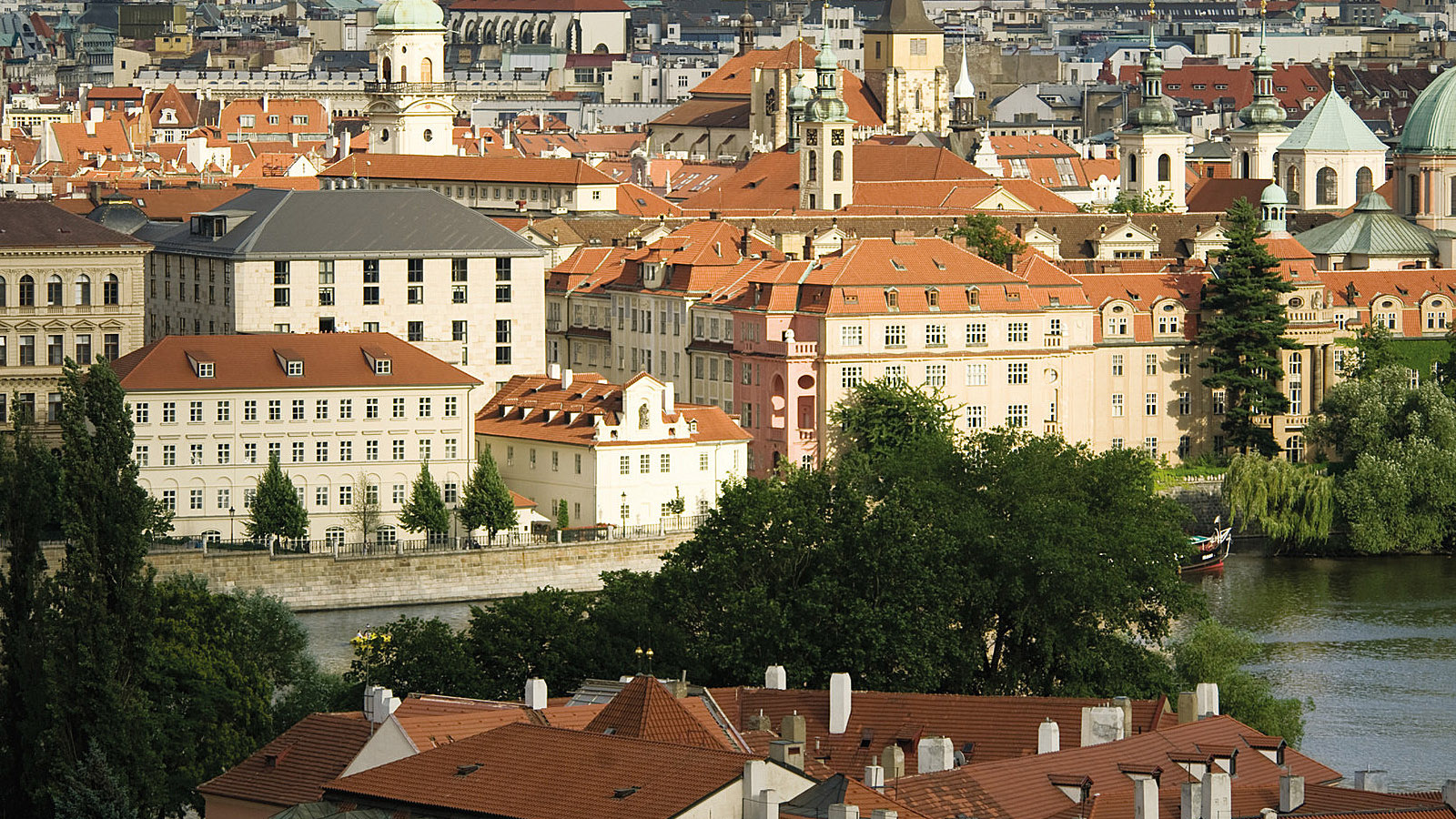 Luxury hotel in prague 5 star hotel old town four for 5 star hotels in prague