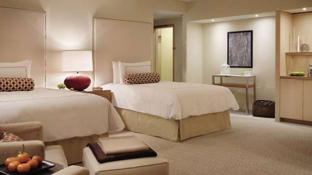 Bed & Breakfast Package at Four Seasons Hotel Seattle