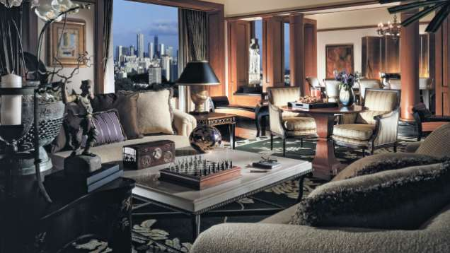 Spacious Presidential Suite At Four Seasons Hotel Singapore