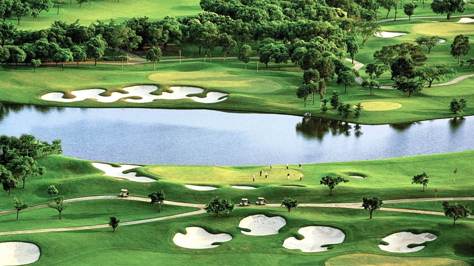Recreational Activities near Four Seasons Hotel Hong Kong