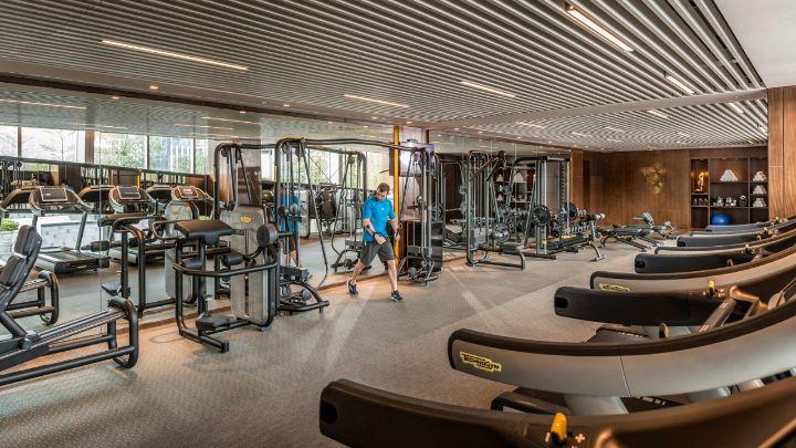 Shenzhen hotel gym fitness facilities four seasons shenzhen