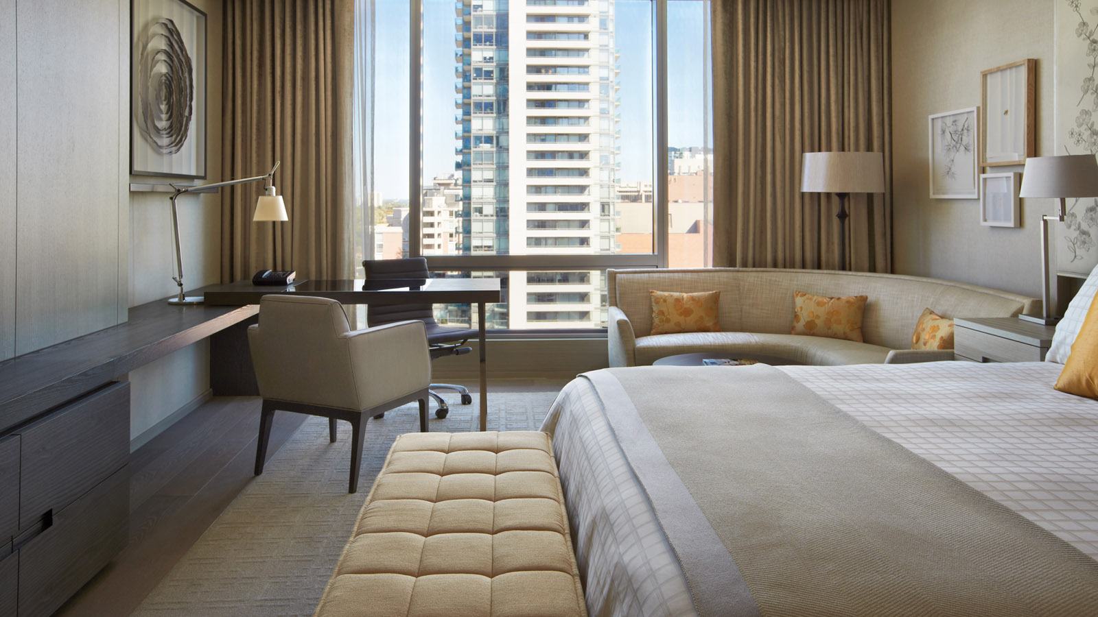 Experience More on the Weekend – Hotel Credit Offer at Four Seasons Toronto
