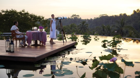 Romantic Dinners in Paradise