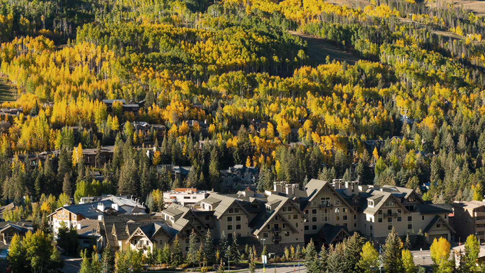 Four seasons resort and residences vail offers fall for Four seasons vail