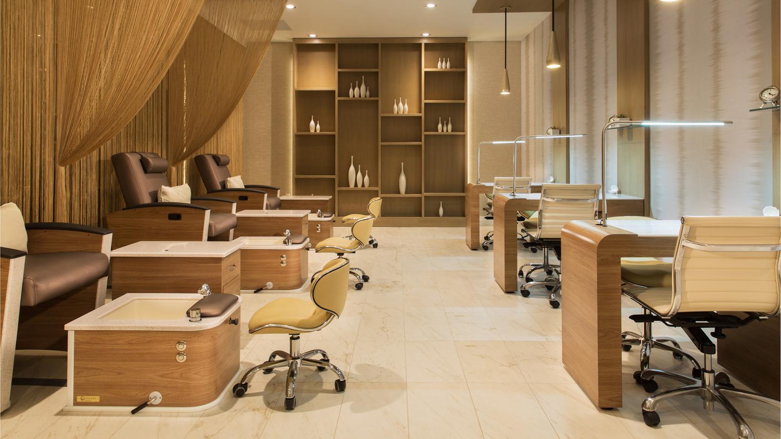 Las vegas manicures pedicures las vegas spa four seasons for 4 star salon services