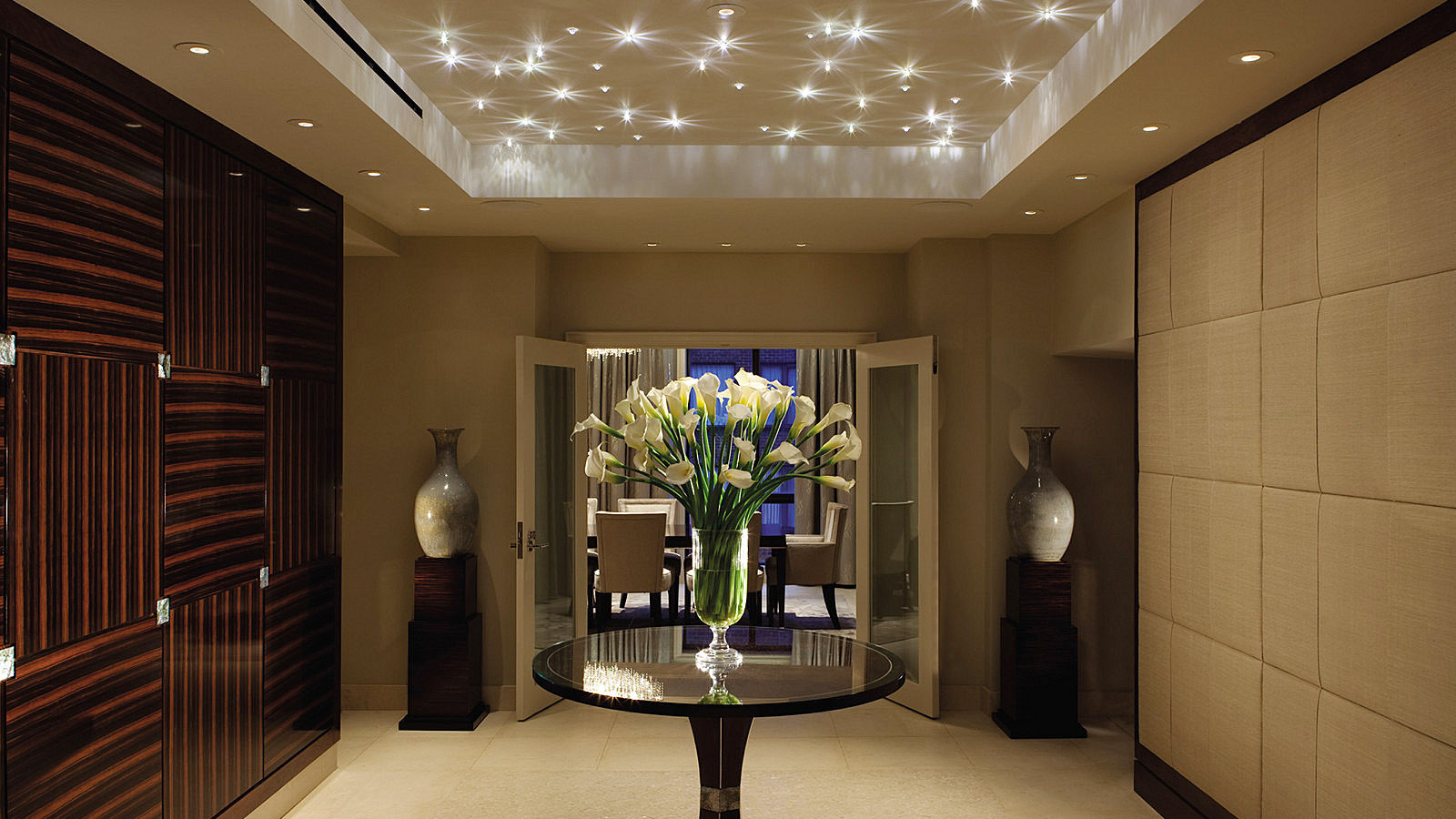 Hotel Entrance Foyer : Royal suite at four seasons hotel washington dc redefines luxury