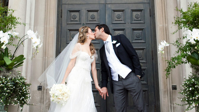 Shimmers Of Blush Silver And Violet Adorn Mariangela Francescos Wedding At Four Seasons Hotel Toronto