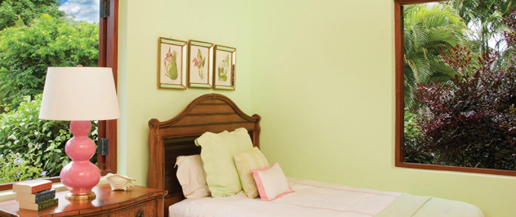 Guest green double bedroom