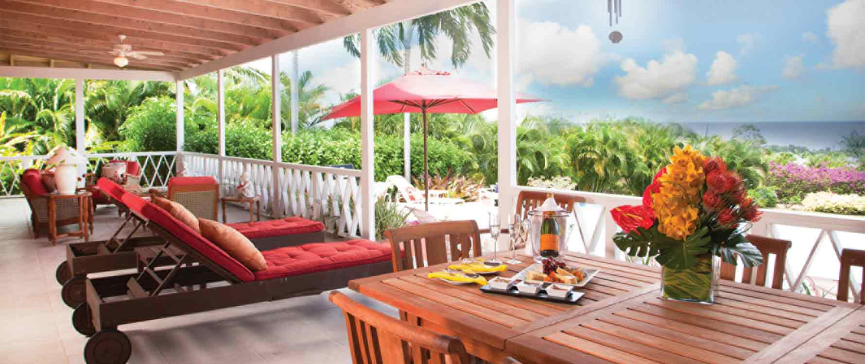 Back veranda dining area.